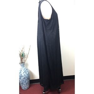 Ava & Viv Dresses - Ava & Viv Black Textured Print Sleeveless Dress